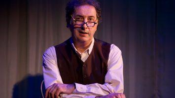 """*legende* Francois Morel, carte blanche au theatre de La Pepiniere a Paris; lecture """"Hyacinthe et Rose"""". Antoine Sahler au piano."""