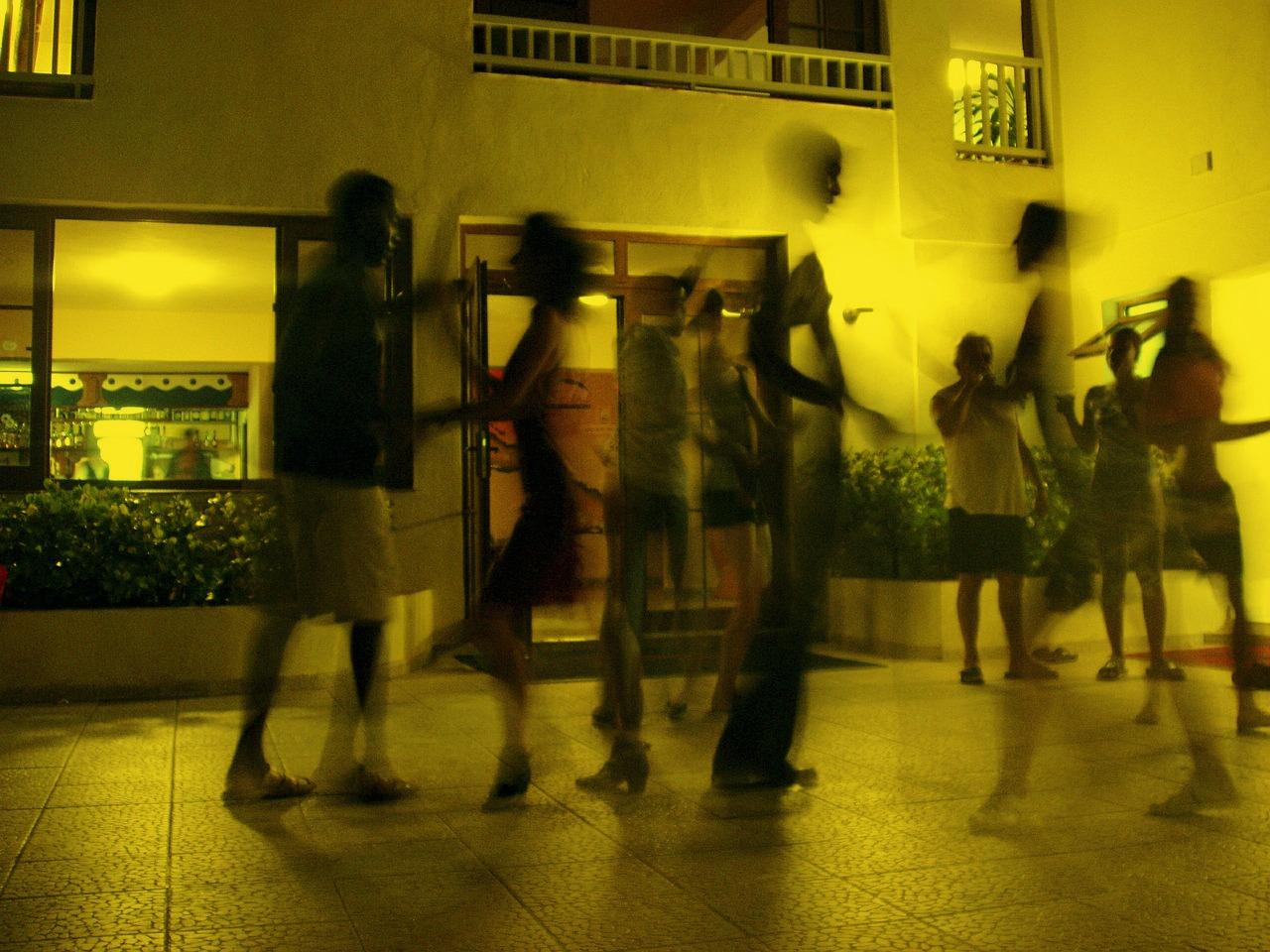 dance-378277_1280